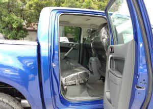 2710 200804 38 Used Vehicles | Toyota hiace | Used Hilux Dealer in Thailand | Vigo bangkok