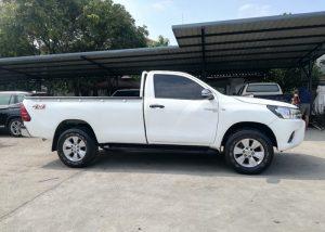 2824 201204 17 Used Vehicles | Toyota hiace | Used Hilux Dealer in Thailand | Vigo bangkok