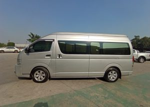 30.0272 201210 17 Used Vehicles | Toyota hiace | Used Hilux Dealer in Thailand | Vigo bangkok