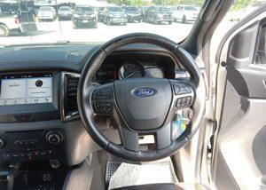 3838 201212 47 Used Vehicles | Toyota hiace | Used Hilux Dealer in Thailand | Vigo bangkok