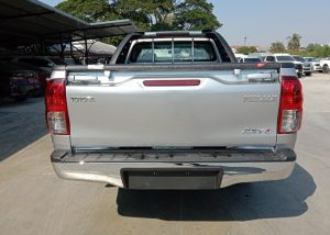 1384 210113 22 1 Used Vehicles | Toyota hiace | Used Hilux Dealer in Thailand | Vigo bangkok