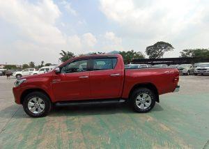 703 210128 27 Used Vehicles | Toyota hiace | Used Hilux Dealer in Thailand | Vigo bangkok