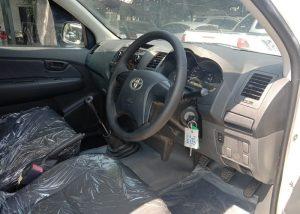 8333 210204 16 Used Vehicles | Toyota hiace | Used Hilux Dealer in Thailand | Vigo bangkok